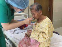 Những lời cảm ơn chân thành của người nhà bệnh nhân gửi đến tập thể cán bộ nhân viên y tế đang làm việc tại Bệnh viện Chấn thương Chỉnh hình Phẫu thuật Tạo hình Huế.