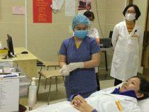 Phòng khám 102 Phạm Văn Đồng – TP Huế tổ chức tập huấn phòng chống dịch Covid-19